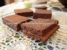 """Dukan Brownies (recipe in Italian, q.b. means same as """"an amount to your taste"""")"""
