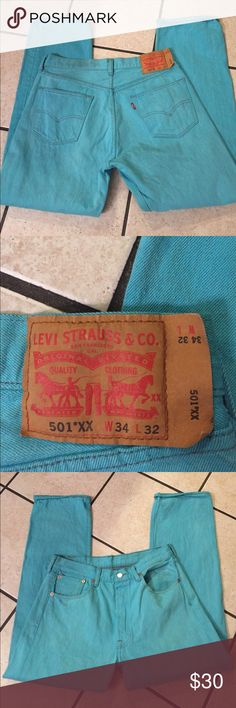 Men Levi 501 Jeans 34/32 Good condition have some fading as shown. Levi's Jeans Straight