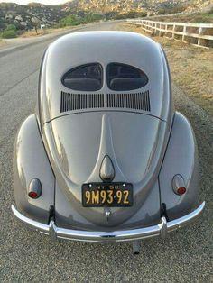 Volkswagen Beetle Split #classicvolkswagenbeetle