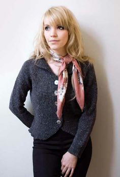 http://www.ethknits.co.uk/Kim%20Hargreaves/Precious/Maggie-Jacket.jpg
