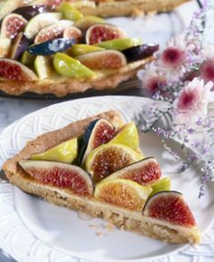 Fresh Fig Dessert Pizza - use fig preserves for glaze Fig Dessert, Dessert Dips, Dessert Pizza, Cookie Desserts, Just Desserts, Cookie Cakes, Pizza Flavors, Pizza Recipes, My Recipes