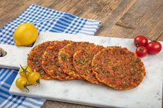 Συνταγή για ακαταμάχητο λαχματζούν -Τύφλα να έχει η πίτσα, πικάντικο και θεϊκό