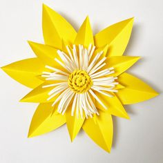 Beautiful paper flower template with base (PDF) from The Crafty Sagittarius. Size range from 6 inches to 12 inches.  Note to Buyer: This is a digital product and is not eligible for a refund after purchase. This the policy of Etsy and of The Crafty Sagittarius. Please message me if you have any questions or concerns before you place the order. This is a digital product and is not eligible for a refund after purchase.  Special Notice to PayPal Users: It has come to our attention that PayPal…