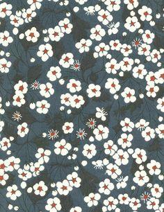 Tissu LIBERTY motif Mitsi bleu foncé / 10 cm