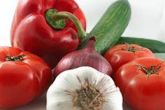Veggie Seasons NZ: ALL YEAR - Beetroot, broccoli, cabbage, carrots, cauliflower, celery, cucumber, kumara, leeks, lettuce, mushrooms, potatoes, pumpkin, radishes, silverbeet, snow peas, spinach, spring onions, tomatoes, watercress. JAN-MARCH - Capsicums, eggplant, green beans, spring onions, peas, swedes, sweetcorn. MAY-OCTOBER- Rhubarb, swedes, spring onions, broad beans. NOVEMBER - Asparagus, peas. DECEMBER - Asparagus, green beans, peas.