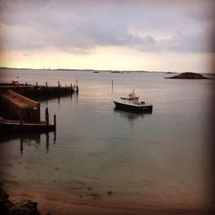 @Her Mione Island High tide 27th March 2014  ☀️ ⛵️ #Herm #HermIsland #ChannelIslands pic.twitter.com/mUwT1xewIo