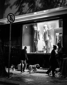 """""""Por esse pão pra comer por esse chão pra dormir...""""      #detalhesaopaulo #splovers #saopaulowalk #tvminuto #spdagaroa #365diasSP #omelhorclick #splovers #babiloniazeroonze #vejasp #olharesdesampa #bbcbrasil #archsp #brasil #meuclicksp #saopaulo #saopaulocity #ig_spnafoto #catracasp #streetphoto_brasil #sp4you #spmilgrau #splovers #euvivosp #amorpaulista #ig_saopaulo #cidadedagaroa #omelhorclick #mostreseuolhar  #ig_detalhebrasil"""