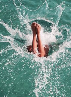 and then she jumped right into the ocean. swimming in the ocean is the best feeling!