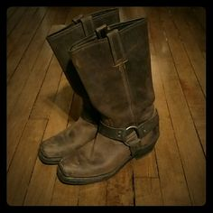 Frye Harness 12R moto boots - like new! Beautiful barely worn leather Frye Harness 12R boots - cool brown color w/ gold hardware. Size 7 M but they fit me and I usually wear an 8. These are a steal! Frye Shoes Combat & Moto Boots
