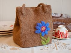 Ravelry: Felted Lunch Bag pattern by Jane Anthony