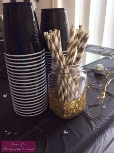 Black Gold Party New Year's Eve Party Decorations - 2014 - Black, White Black Gold Party, Black White Parties, White Gold, Black And Gold Party Decorations, Glitter Party Decorations, Wedding Decorations, Birthday Table Decorations, Decoration Party, New Years Eve Decorations