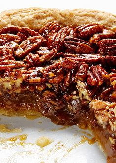 Perfect Pecan Pie #BiteMeMore #Pie