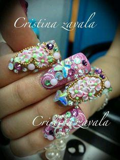 I love Cristy's nails!!