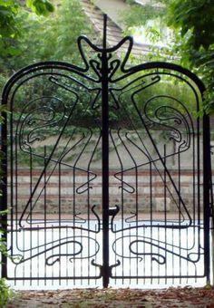 Art Nouveau - Maison 'La Hublotière' -  Route de Montesson - Le Vésinet - Hector Guimard - Ferronnerie Portail