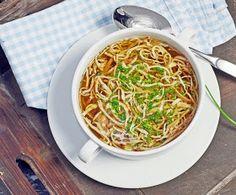 stuttgartcooking: Flädle-Suppe oder aber auch Frittaten-Suppe