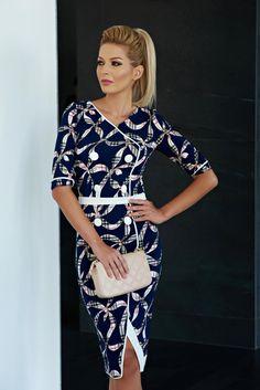 Rochie LaDonna Perfect Shape DarkBlue. Rochie cu croi modern potrivita pentru a…