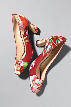 Add some spring to you step with these riotous flora and fauna motif #Gucci shoes for resort 2016. More on #SaksPOV