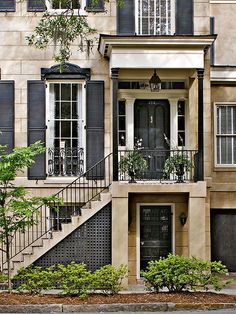 I've always wanted to live in a Brownstone - at some point in my life I hope too