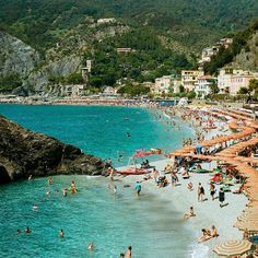"""3 days to go for the AHB photo comp! """"Sunbathers and colors on the beach of Monterosso al Mare. Monterosso is the first of five villages in Cinque Terre on the coast of Italy. Old world charm and wineries abound on this small stretch of coast. Each village a couple hour hike from the next or opt for the train ride through the hillside and you\'ll be at the next stop in minutes. If ever a place was destined to be on postcards Cinque Terre was it. -@lucarelliphoto"""" Enter at…"""