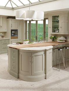 1909 Kitchens - another view..