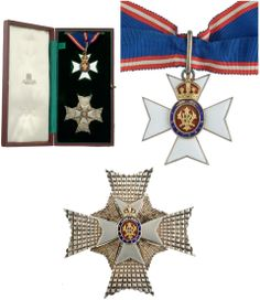 K.C.V.O. Knight Commander's Set Neck Badge, numbered K791 and Breast Star, in original case, by Collingwood & Co., London.