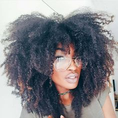Smooth Subtle Fade - 30 Short Ombre Hair Options for Your Cropped Locks in 2019 - The Trending Hairstyle Curly Fro, Long Curly Hair, Big Hair, Wavy Hair, Kinky Hair, Curly Hair Styles, Natural Hair Styles, Natural Hair Gel, Afro Textured Hair