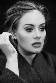 Adele with cat eye makeup Pose on Time Magazine December 2015 Photoshoot