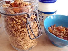 Simple Almond and Apricot Granola