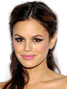 Rachel Bilson's diamond eyes To Do List Makeup Look: All the Details | People.com