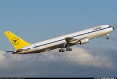 Condor EI-CRF Boeing 767-31B/ER aircraft picture