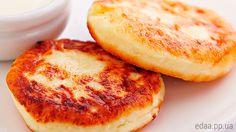 Кто не любит нежные, ароматные и свежеприготовленные сырники? Ответ прост — никто! А чтобы аромат был мягким и запоминающимся — мы сделаем их с …