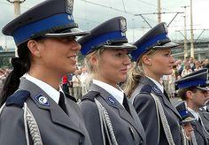 https://flic.kr/p/5MpCve | DMP-F008 POLISH FEMALE POLICE | Graduation of female police cadetes in Poland