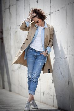 G-Star RAW Total Outfit for street style. Mode Outfits, Casual Outfits, Fashion Outfits, Womens Fashion, Style Fashion, Smart Casual Wear, Casual Chic, Estilo Preppy, Looks Jeans