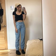 outfits with doc martens grunge / outfits with doc martens Mode Outfits, Retro Outfits, Trendy Outfits, Vintage Outfits, Summer Outfits, Grunge Outfits, Winter Outfits, Fashion Killa, 90s Fashion