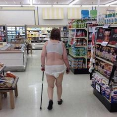 Most Ridiculous People Of #WalMart 55 Pics Page 10 of 11