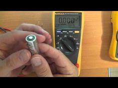 This very clear 3-part video series patiently walks you through how to use a multimeter Car Tools, Garage Tools, Garage Shop, Woodworking Power Tools, Beginner Woodworking Projects, Electrical Wiring, Home Repairs, Shop Plans, Electronics Projects