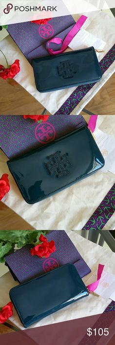 Authentic Tory Burch wallet Very good condition. ..no flaw Tory Burch Bags