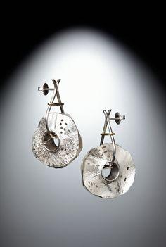 Lynn Légaré Joaillière / Boucles d'oreilles - argent sterling, or 18 carats / Titre: Les givrées / www.lynnlegare.com