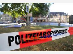 Bombenalarm im Bahnhof Witten an der Bergerstraße in Witten am 27.09.2016. Der Bahnhof wurde weiträumig abgesperrt und ein Bombenentschärfungskommando der Polizeit stellte schließlich fest, dass der verdächtige Rucksack keinen gefährlichen Inhalt hatte. Der Rucksack wurde nach eingehender Untersuchung sichergestellt.  Foto: Jürgen Theobald / FUNKE Foto Services