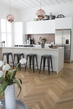 Old meets new in this stunning revamped villa. Rose gold and pressed tin work to modernize this aged house, giving it that wow factor. Villa, New Homes, Pressed Tin, Modern, Kitchen, Table, Projects, House, Furniture