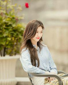 Kim Doyeon, Bright Eyes, Kpop, Pretty, Besties, Women, Girls, Fashion, Korean Fashion