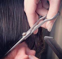 Κόμμωση και χτένισμα στο σπίτι από το homebeaute.gr  #hairdresser #hairstylist #haircut #beauty #instabeauty #homebeaute #κομμωτρια #κομμωση #κομμωτικη #χτενισμα #κοριτσι #χτενίσματα