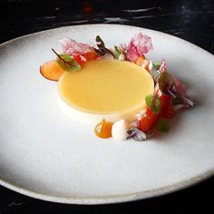 """448 Likes, 4 Comments - Linking the Culinary World (@cookniche) on Instagram: """"Peach & Vanilla Panna Cotta by @seanymacd ⭐️ Follow @cookniche for Trendy Recipes Follow @cookniche…"""""""