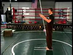 When performing bo staff full neck rolls, keep the shoulders flat and down to produce a smooth attack. Practice full neck rolls with tips from a martial arts. Self Defense Martial Arts, Martial Arts Weapons, Martial Arts Training, Stick Fight, Bo Staff, Martial Arts Techniques, Staff Training, Boxing Workout, Wing Chun