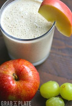 Go for a tasty smoothie in the a.m.! These Green Grape, Apple, and Cinnamon Smoothies are a great treat that is good for you!