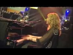▶ Vonda Shepard - Searchin' My Soul - Live (Theme from Ally McBeal) - YouTube