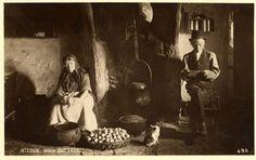 early 1900's - Inside the Irish Cottage, Houses and villages, Ireland  via maggieblanck.com