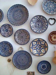 The beautiful blues of Moroccan pottery, via goodbreadandlinen. - The beautiful blues of Moroccan pottery, via goodbreadandlinen…would love to do a wall in the Kit - Moroccan Plates, Blue Moroccan Tile, Morrocan Decor, Moroccan Design, Moroccan Bathroom, Moroccan Lanterns, Moroccan Kitchen, Moroccan Theme, Moroccan Art