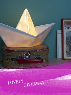 Lovely Giveaway // Goodnight Light Paper Boat Lampe. / a lovely journey | Inspirationen + DIY für junge Familien