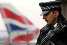 Мъж падна от покрив на банка в Лондон и загина